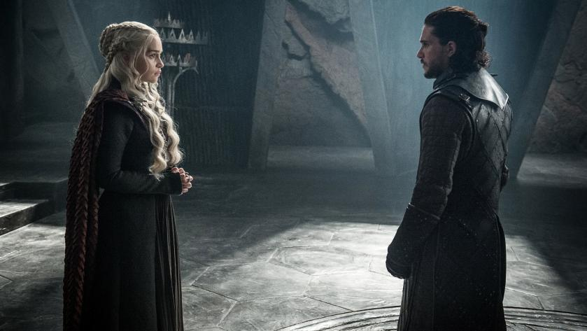 "Kit Harington und Emilia Clarke in ""Game of Thrones"""