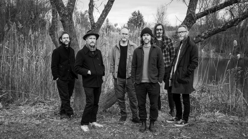 The National mit Regisseur Mike Mills (Zweiter von links)